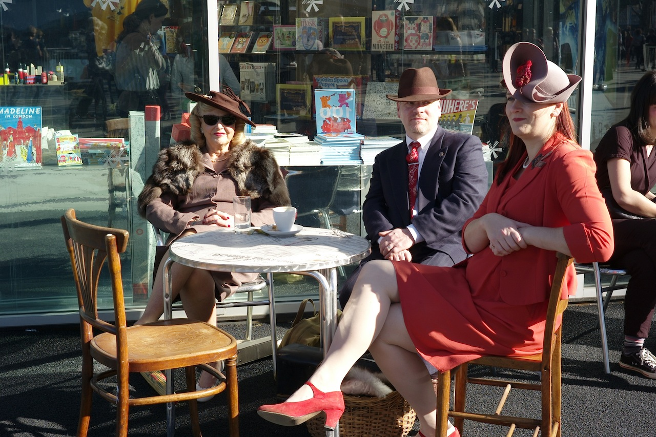 London Street Style: Vintage Fashion