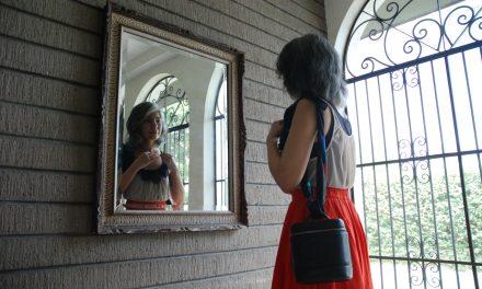 Fashion Tips: Dress to Express